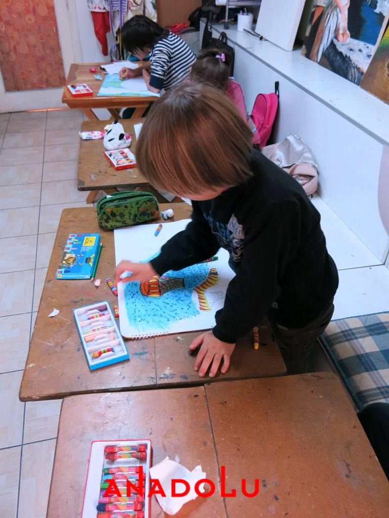 Çocuklara Yönelik Pastel Mozaik Yapımı Adana