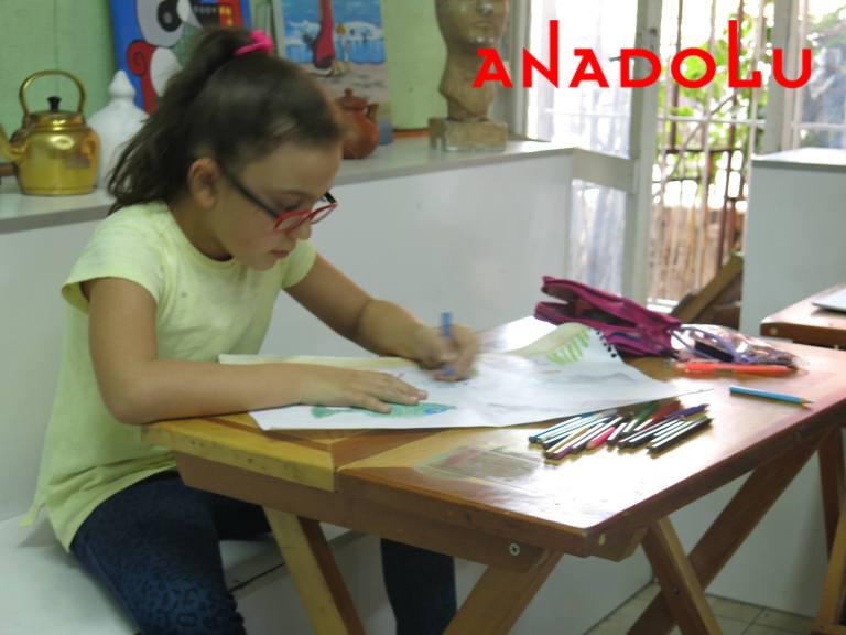 İzmir'de Çocuklar İçin Resim Kursları